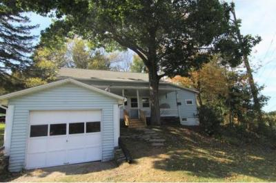 Photo of 1705 Old State Rd, Binghamton, NY 13904