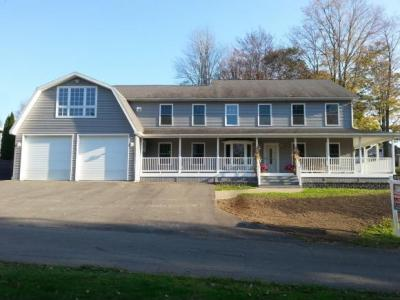 Photo of 48 Maple St, Great Bend, PA 18821
