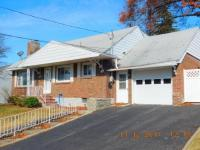 2803 Crescent Drive, Endwell, NY 13760