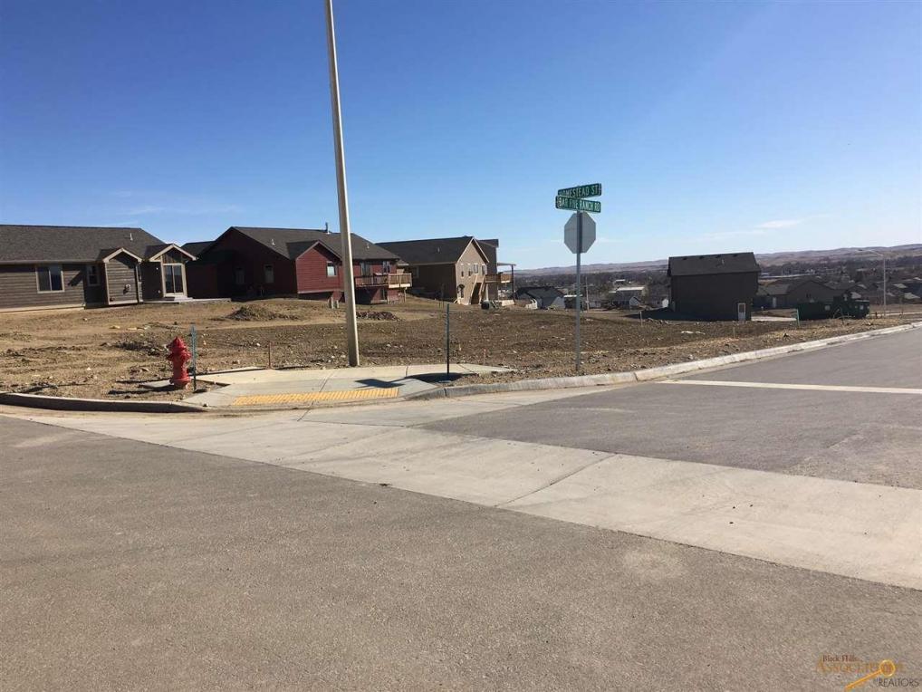 834 Bar Five Ranch Rd, Rapid City, SD 57703
