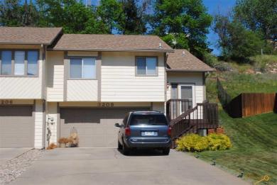 3208 Park Dr, Rapid City, SD 57702