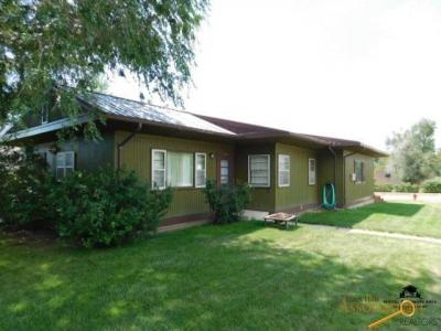 Photo of 101 S 6th Ave Also 537 And 539 University, Hot Springs, SD 57747
