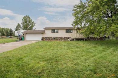 843 Rosilee Ln, Rapid City, SD 57701