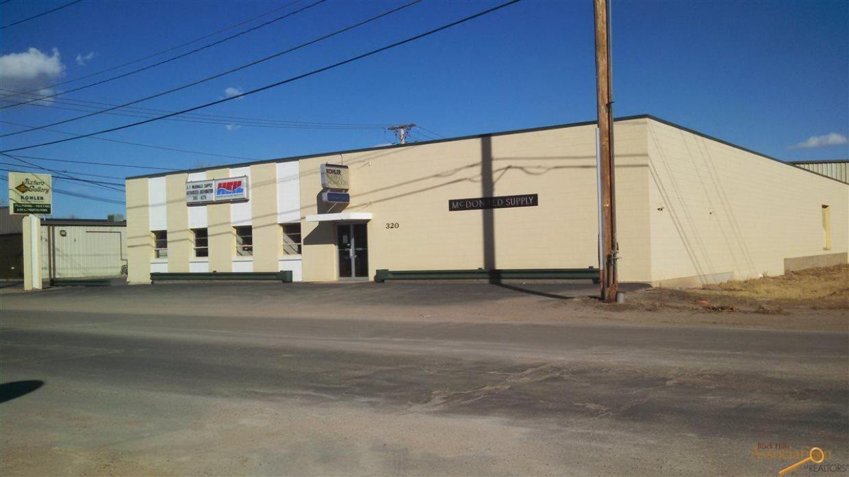 320 Maple Ave, Rapid City, SD 57701