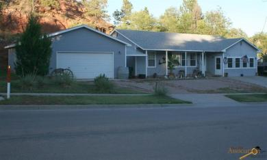2148 Minnekahta Ave, Hot Springs, SD 57747