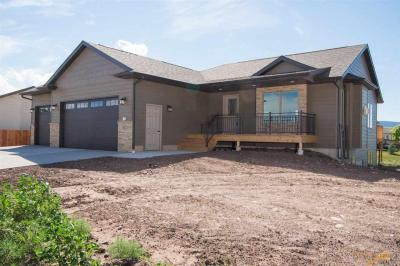 Photo of 8073 Steamboat Rd, Summerset, SD 57769