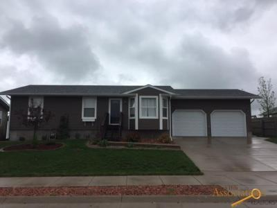 Photo of 1116 S 36th, Spearfish, SD 57783
