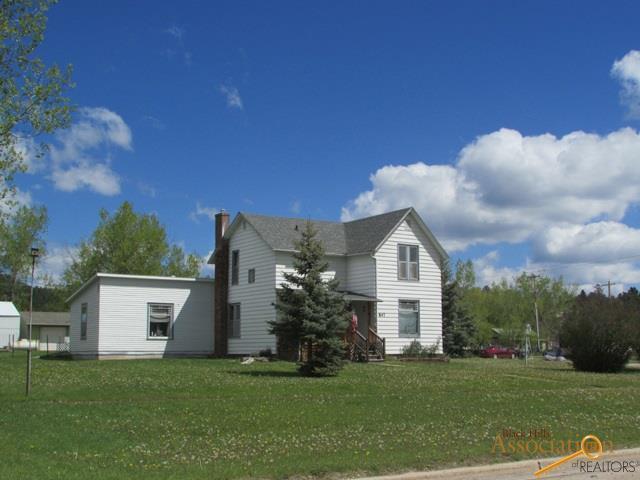 847 Crook St, Custer, SD 57730