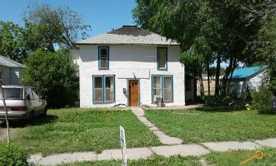 Photo of 238 S 6th St, Hot Springs, SD 57747