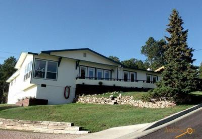 Photo of 1020 Needles Dr, Custer, SD 57730