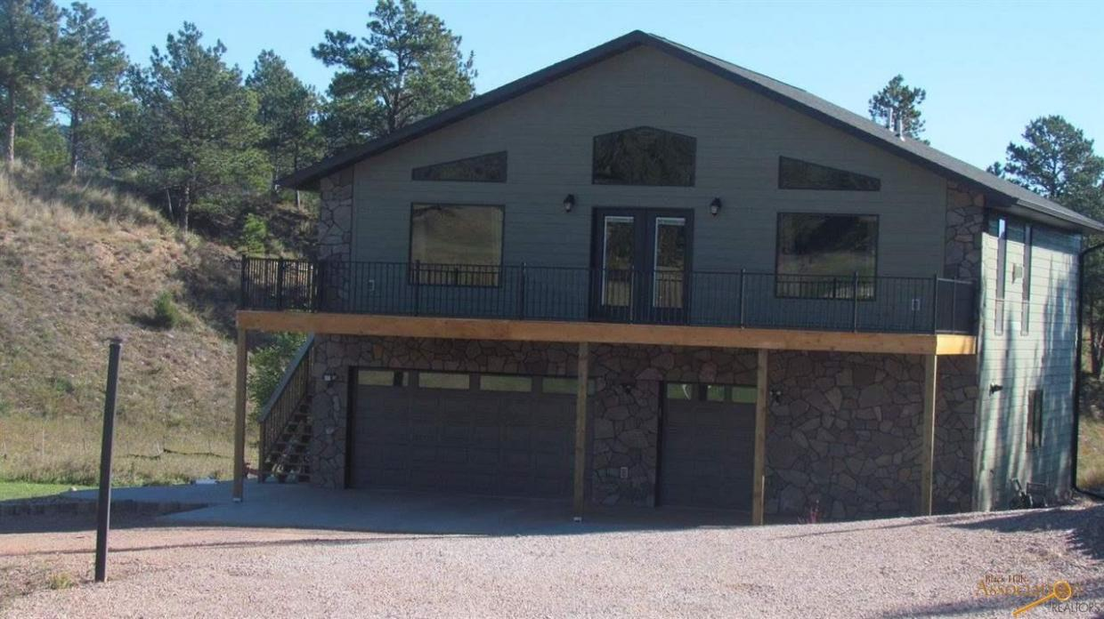 2126 Bison Pass, Hot Springs, SD 57747