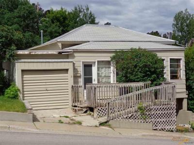 Photo of 317 Mill 317 Mill St, Lead, SD 57754