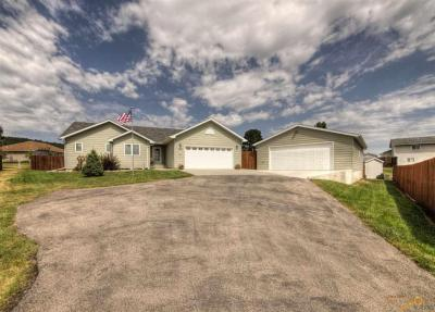 Photo of 7150 Mulberry Dr, Summerset, SD 57718