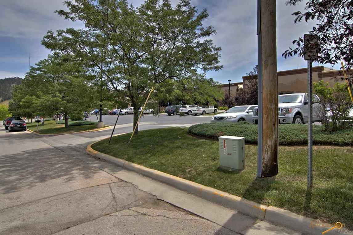 809 Deadwood Ave Suite 2, Rapid City, SD 57702