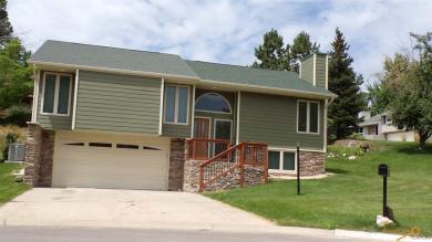 4807 Deer Valley Ct, Rapid City, SD 57702
