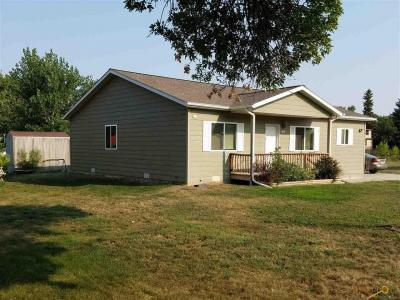 Photo of 1013 7th Ave, Belle Fourche, SD 57717