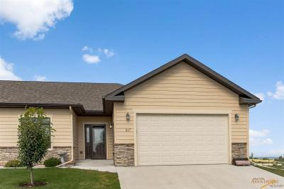 Photo of 517 Falcon Crest Dr, Spearfish, SD 57783