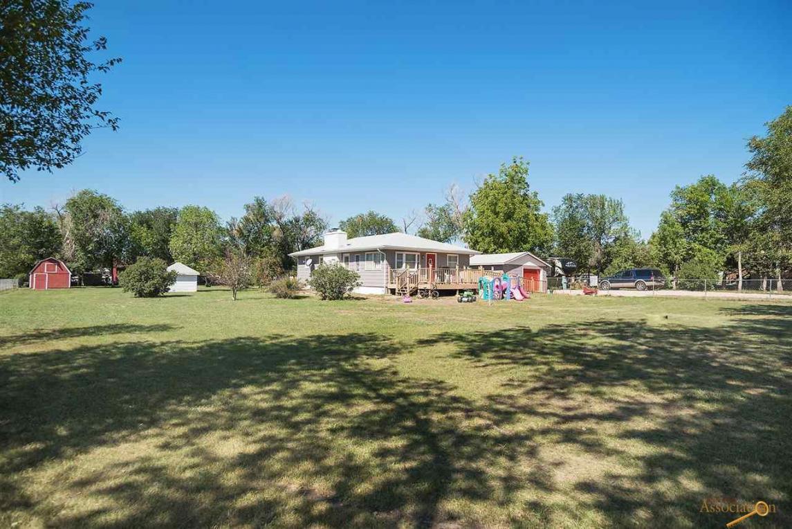 2223 Plateau Ln, Rapid City, SD 57703