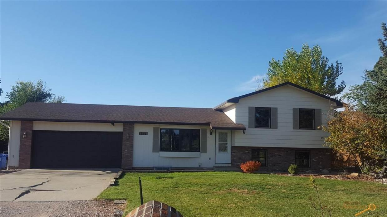 5127 South Canyon Rd, Rapid City, SD 57702