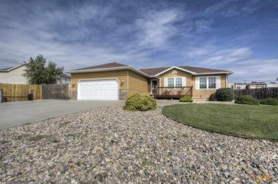 Photo of 7010 Mulberry Dr, Summerset, SD 57718
