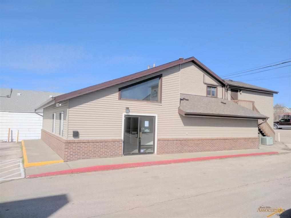 1032 E North, Rapid City, SD 57701