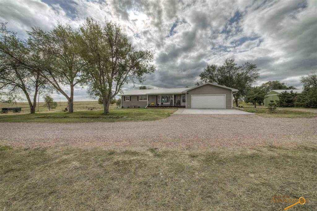 27909 Old Hwy 79, Oral, SD 57766