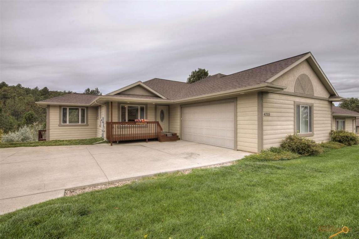 4205 Park Dr, Rapid City, SD 57702