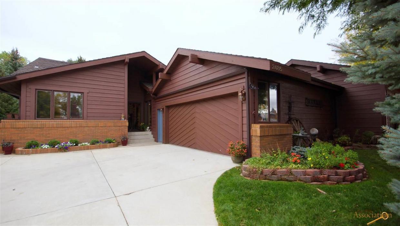 2485 Broadmoor Ct, Rapid City, SD 57702