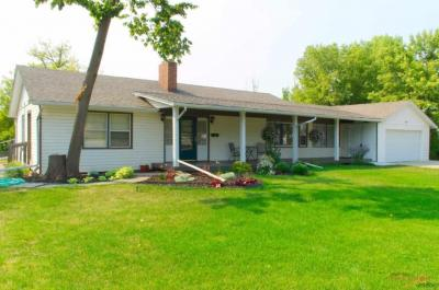 Photo of 743 Other 743 10th Street, Spearfish, SD 57783