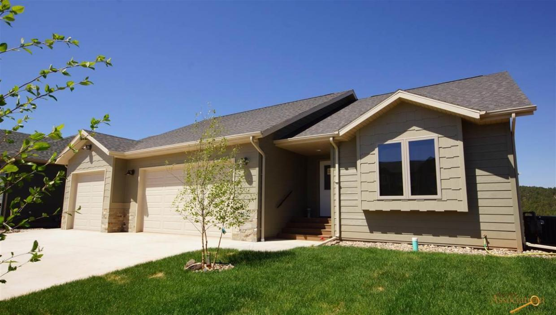 5809 Harper Ct, Rapid City, SD 57702