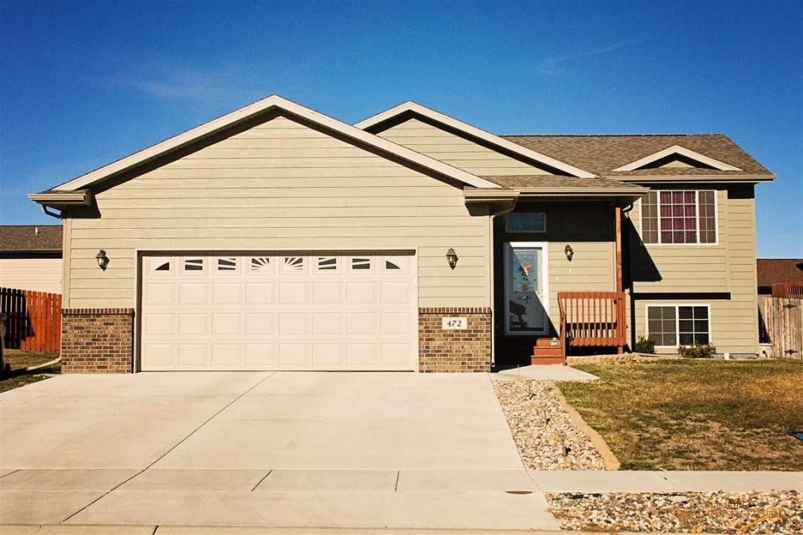 472 Sovereignty Ln, Box Elder, SD 57719