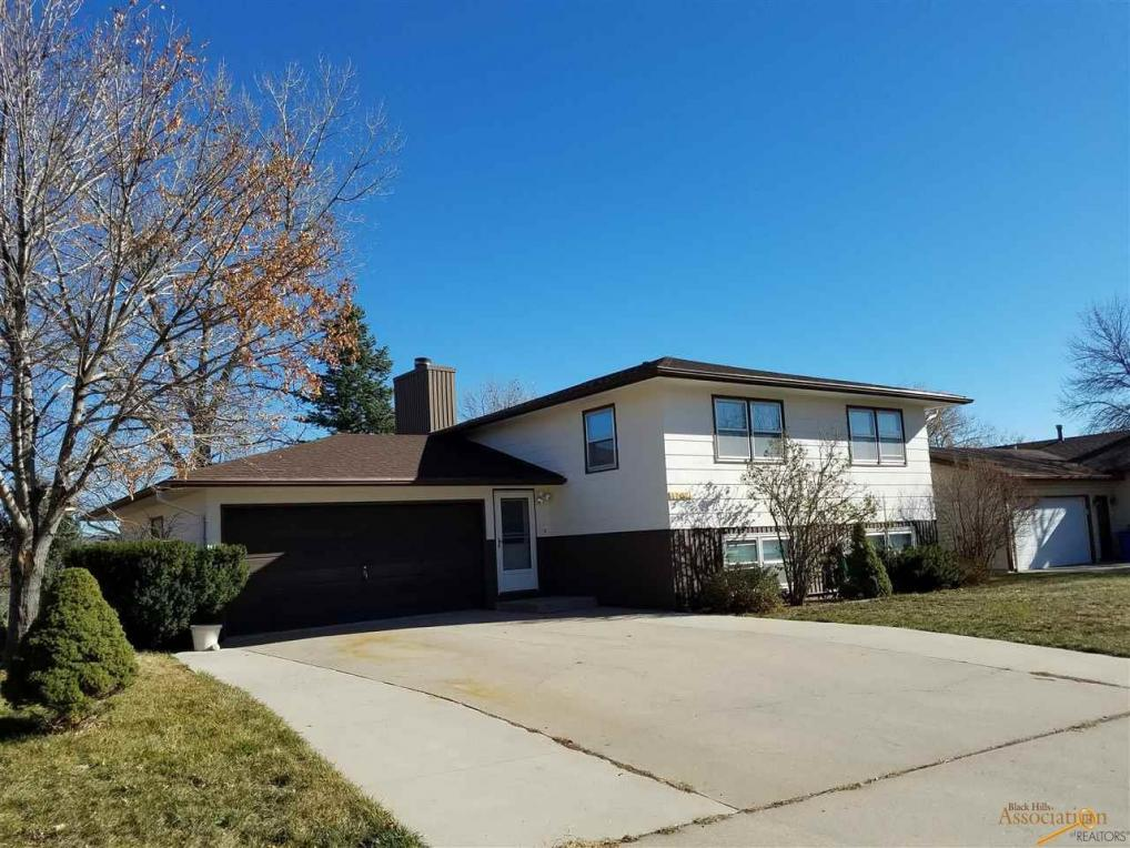 1702 Space Court, Rapid City, SD 57701