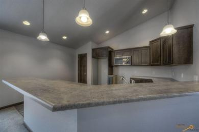 1031 Northridge Dr, Rapid City, SD 57701