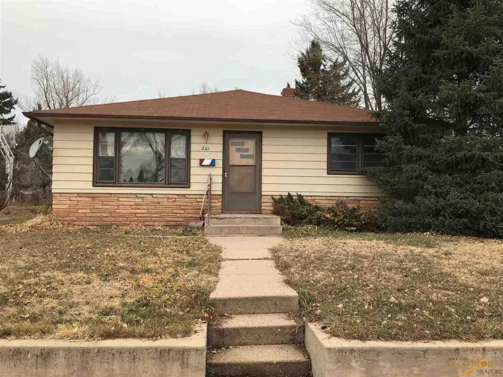 201 N 42nd, Rapid City, SD 57702
