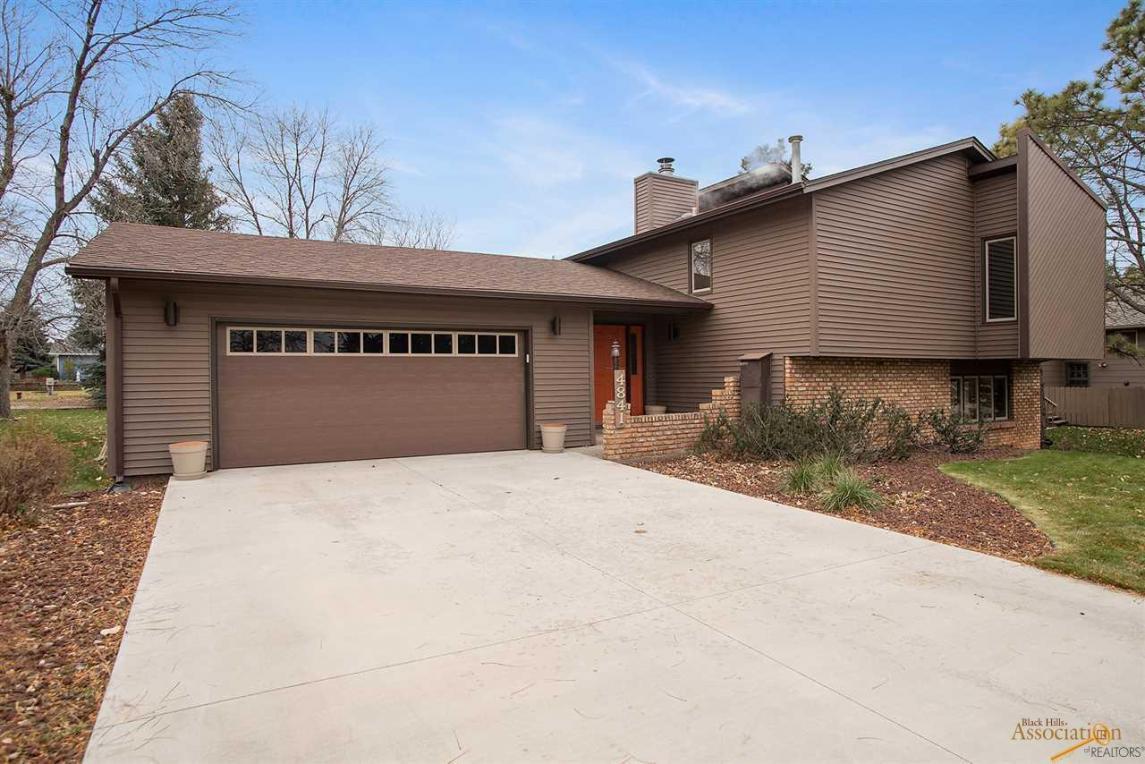 4841 Riva Ridge Rd, Rapid City, SD 57702