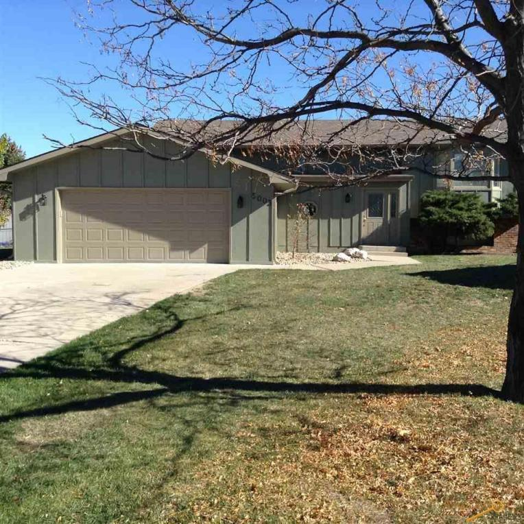 5003 Shiloh Ct, Rapid City, SD 57703
