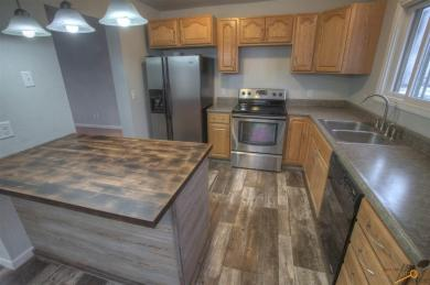 2500 May Ct, Rapid City, SD 57703