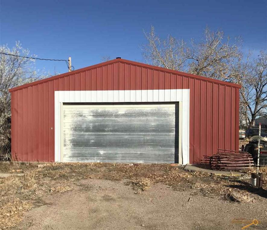 4th Ave, Wall, SD 57790