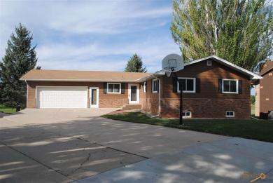 3216 Frontier Pl, Rapid City, SD 57702