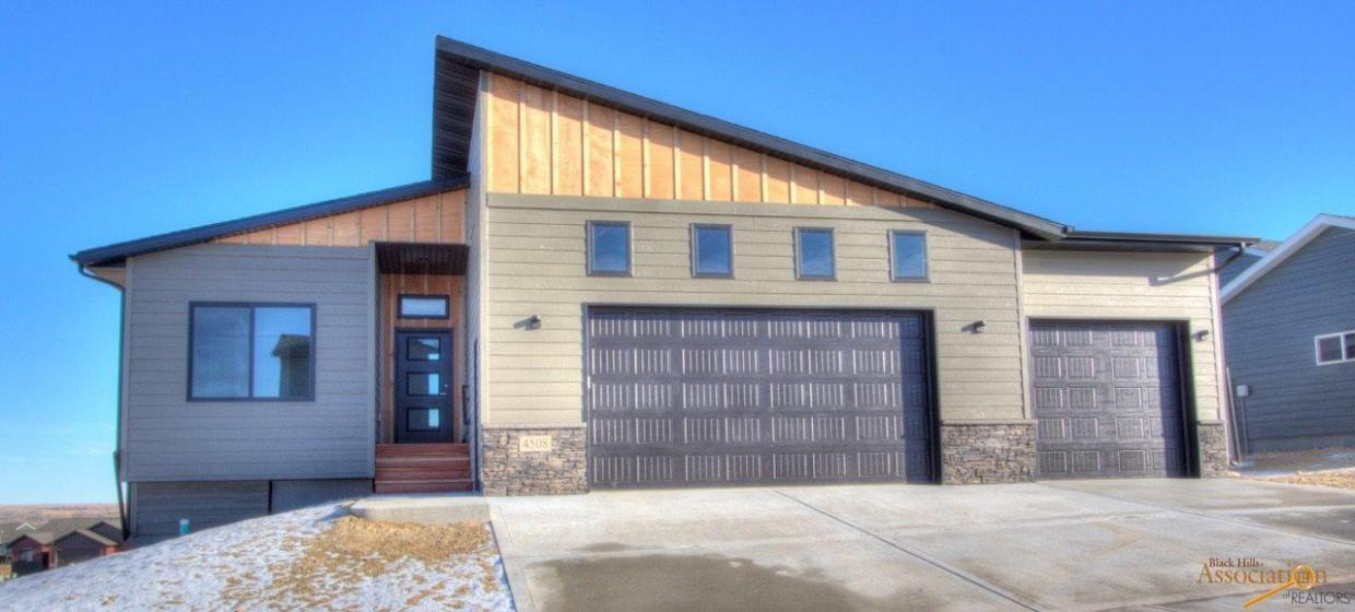 4508 Beringer Dr, Rapid City, SD 57703