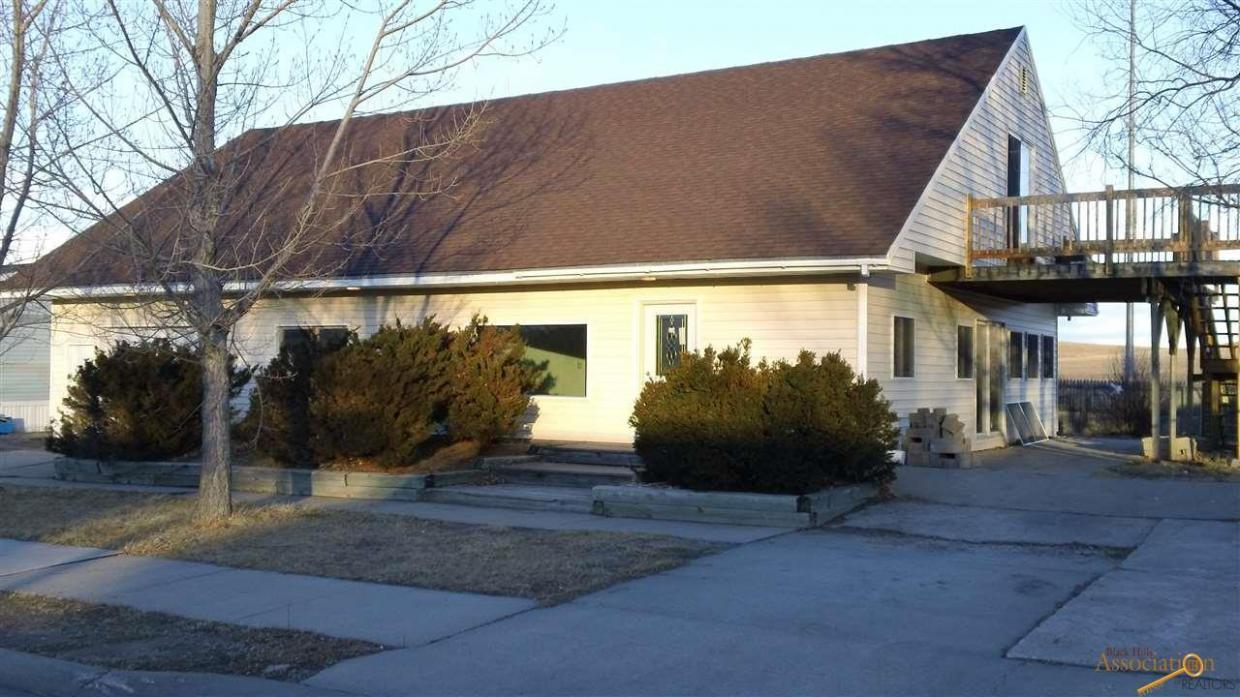 3512 Lawrence Dr, Rapid City, SD 57701