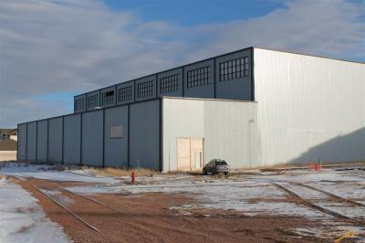 Photo of 621 E Mall Dr, Rapid City, SD 57701