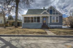 629 Harter Dr, Rapid City, SD 57702