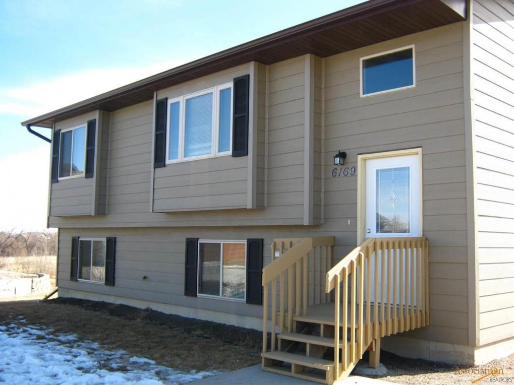 6169 Flintlock Ct, Rapid City, SD 57703