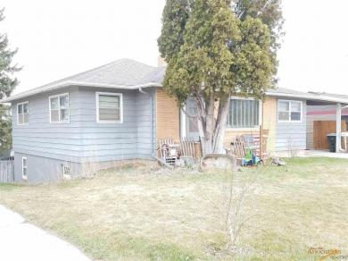 1015 Lawrence St, Belle Fourche, SD 57717