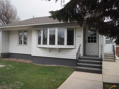 910 Haines Ave, Rapid City, SD 57701