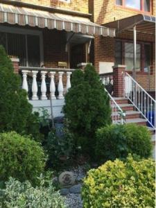 1949 East 27 St, Brooklyn, NY 11229