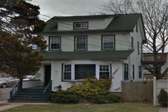 291 Harbor Rd Road, Staten Island, NY 10303