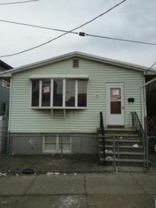 1014 Banner Ave, Brooklyn, NY 11235