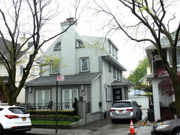 1711 22 St Street, Brooklyn, NY 11229